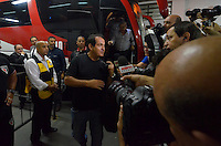 SÃO PAULO, SP, 12 DE SETEMBRO DE 2013 - CAMPEONATO BRASILEIRO - SÃO PAULO x PONTE PRETA: Novo técnico do São Paulo Muricy Ramalho chega ao Estadio do Morumbi para a partida São Paulo x Ponte Preta, válida pela 20ª rodada do Campeonato Brasileiro de 2013, disputada no estádio do Morumbi em São Paulo. FOTO: LEVI BIANCO - BRAZIL PHOTO PRESS.