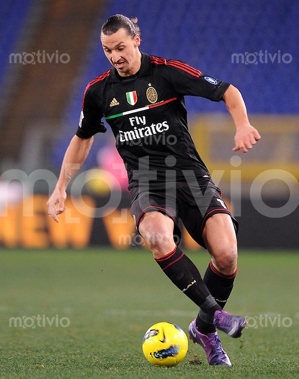 FUSSBALL INTERNATIONAL   SERIE A   SAISON 2011/2012    Lazio Rom - AC Mailand  03.02.2012 Zlatan Ibrahimovic (AC Mailand)