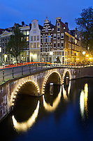 Netherlands, North Holland, Amsterdam: Keizergracht at night | Niederlande, Nordholland, Amsterdam: Keizergracht am Abend