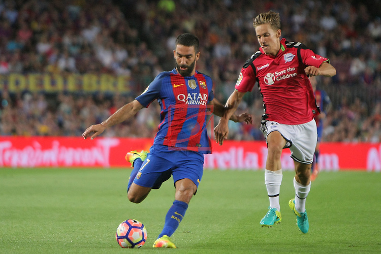 League Santander 2016/2017. Game: 3.<br /> FC Barcelona vs Deportivo Alaves: 1-2.<br /> Arda Turan vs Llorente.