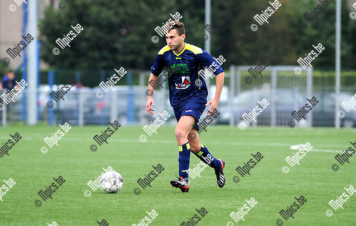2013-09-22 / Voetbal / seizoen 2013-2014 / Ternesse / Nick Schelfhout<br /><br />Foto: Mpics.be