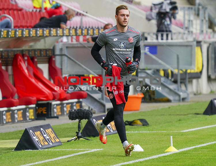 Fussball - 1. BL - 1. FSV Mainz 05 - SV Werder Bremen - 20.06.2020,<br />Florian Mueller Müller (M05),<br /><br />Bildnachweis: hasan bratic/rscp-photo<br /><br />DFL regulations prohibit any use of photographs as image sequences and/or quasi-video.<br />EDITORIAL USE ONLY.<br />National and international News-Agencies OUT.<br /><br /><br />  DFL REGULATIONS PROHIBIT ANY USE OF PHOTOGRAPHS AS IMAGE SEQUENCES AND OR QUASI VIDEO<br /> EDITORIAL USE ONLY<br /> NATIONAL AND INTERNATIONAL NEWS AGENCIES OUT