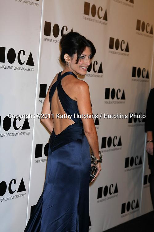 LOS ANGELES - NOV 12:  Lisa Edelstein arrives at the MOCA Gala 2012 at MOCA on November 12, 2011 in Los Angeles, CA