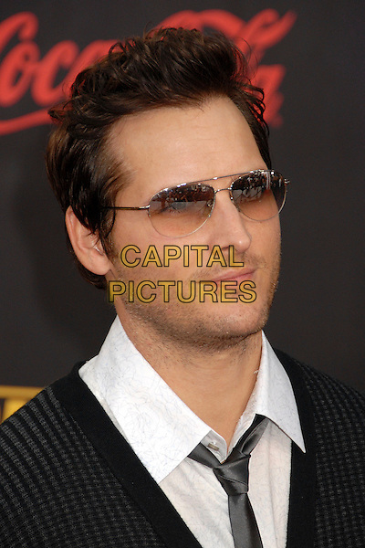 PETER FACINELLI.2007 American Music Awards at the Nokia Theatre LA Live, Los Angeles, California, USA..November 18th, 2007.headshot portrait stubble facial hair sunglasses shades .CAP/ADM/BP.©Byron Purvis/AdMedia/Capital Pictures.