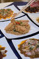 """Europe/France/Aquitaine/33/Gironde/ Bordeaux: Cuisine du  Sichuan et de Canton de Tommy Shan  au Restaurant Chinois """"Au Bonheur du Palais"""" 72-74  rue Paul Louis Lande"""