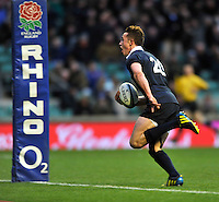 Twickenham, GREAT BRITAIN, OxfordCharlie MARR, running in for a second half try during the  2012 Varsity Rugby match.  Oxford vs Cambridge, at the RFU Stadium, Twickenham, Surrey. on Thursday  06/12/2012...[Mandatory Credit; Peter Spurrier/Intersport-images]