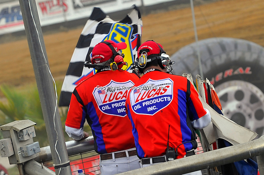 Feb 06, 2010; 4:04:44 PM; Gibsonton, FL., USA; The Lucas Oil Dirt Late Model Racing Series running The 34th Annual Dart WinterNationals at East Bay Raceway Park.  Mandatory Credit: (thesportswire.net)