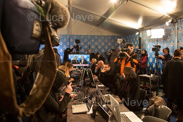 15:26 - Media Center PDL (Popolo della Libert&aacute;).<br /> <br /> Rome, 25/02/2013. Reportage covering the second day of the Italian General Election, including the campaign HQ's of the Rivoluzione Civile - Antonio Ingroia, the PDL (Popolo della Libert&aacute;) - Silvio Berlusconi, and the Scelta Civile - Mario Monti.