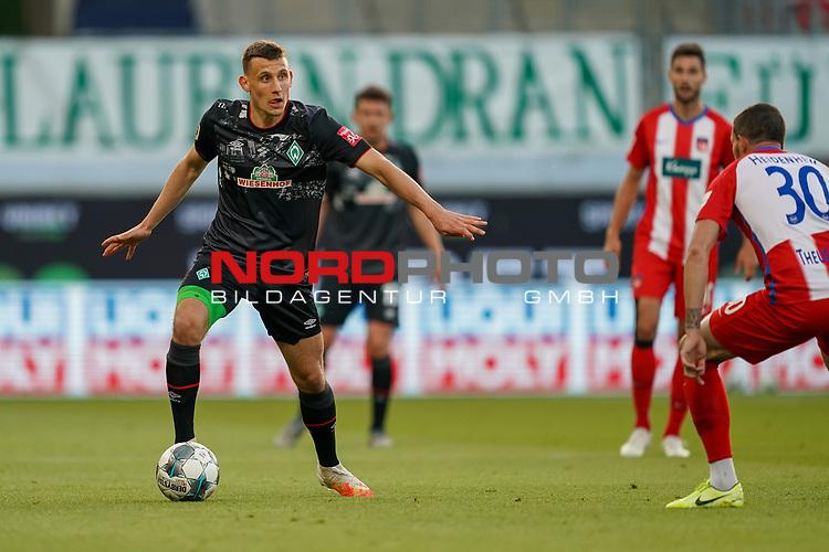 Maximilian Eggestein (Werder Bremen #35)<br /> <br /> <br /> Sport: nphgm001: Fussball: 1. Bundesliga: Saison 19/20: Relegation 02; 1.FC Heidenheim vs SV Werder Bremen - 06.07.2020<br /> <br /> Foto: gumzmedia/nordphoto/POOL <br /> <br /> DFL regulations prohibit any use of photographs as image sequences and/or quasi-video.<br /> EDITORIAL USE ONLY<br /> National and international News-Agencies OUT.