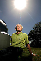27/11/07 WW. Wellington's Time Standard Keeper Tim Armstrong next to one of Wellington's original telescopes in the Botanical Gardens..Photo: Crispin Anderlini
