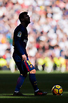 Lionel Andres Messi of FC Barcelona gets ready to kick the ball during the La Liga 2017-18 match between Real Madrid and FC Barcelona at Santiago Bernabeu Stadium on December 23 2017 in Madrid, Spain. Photo by Diego Gonzalez / Power Sport Images