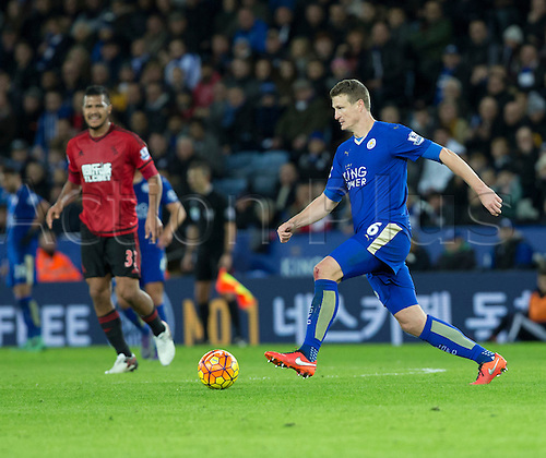 01.03.2016. King Power Stadium, Leicester, England. Barclays Premier League. Leicester versus West Bromwich Albion. Leicester City defender Robert Huth pushing forward with the ball.