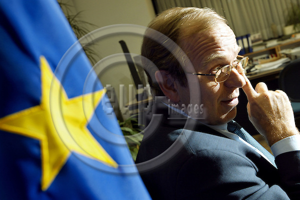 BRUSSELS - BELGIUM -14 JANUARY 2004--Mr. Erkki LIIKANEN, the Finnish Commissioner for Enterprise and Information Society during an interview in his office. --PHOTO: JUHA ROININEN / EUP-IMAGES