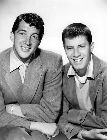 Dean Martin &amp; Jerry Lewis of Martin &amp; Lewis   <br /> *Filmstill - Editorial Use Only*<br /> CAP/PLF<br /> Supplied by Capital Pictures /MediaPunch ***NORTH AND SOUTH AMERICAS ONLY***