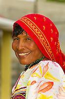 Kuna Indian woman wearing native costume with Mola embroderies, Corbisky Island, San Blas Islands (Kuna Yala), Caribbean Sea, Panama