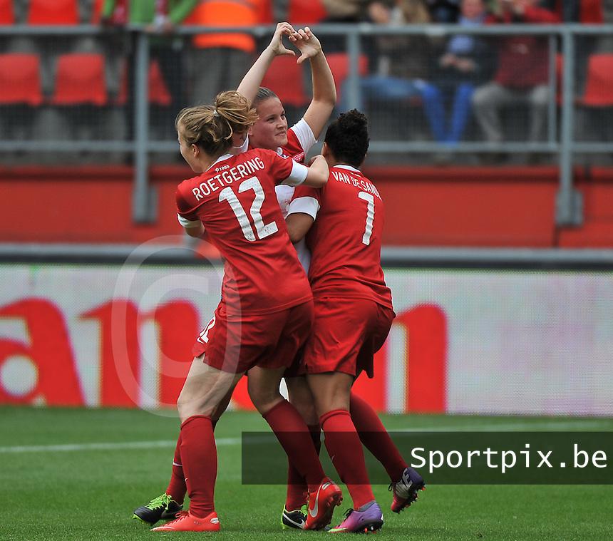 FC Twente - Standard Femina : Sherida Spitse scoort de gelijkmaker voor Twente <br /> foto DAVID CATRY / Nikonpro.be