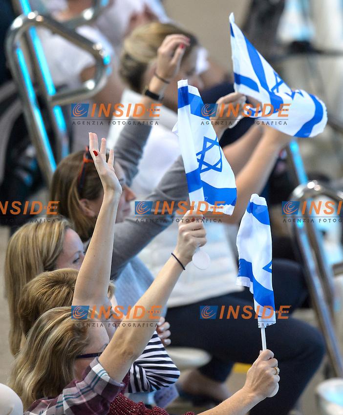 ISRAEL fans<br /> Team Free Final <br /> London, Queen Elizabeth II Olympic Park Pool <br /> LEN 2016 European Aquatics Elite Championships <br /> Synchronized Swimming <br /> Day 05 13-05-2016<br /> Photo Andrea Staccioli/Deepbluemedia/Insidefoto