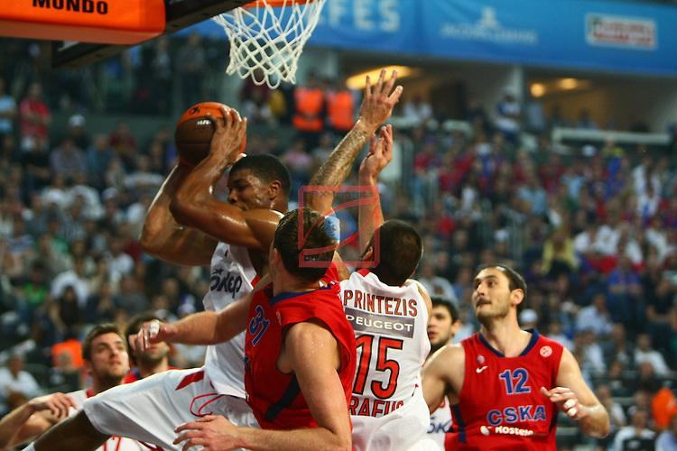 Hines, Khryapa & Printezis. CSKA Moscow vs Olympiacos Piraeus: 61-62 - Game Final - Final Four Istanbul 2012.