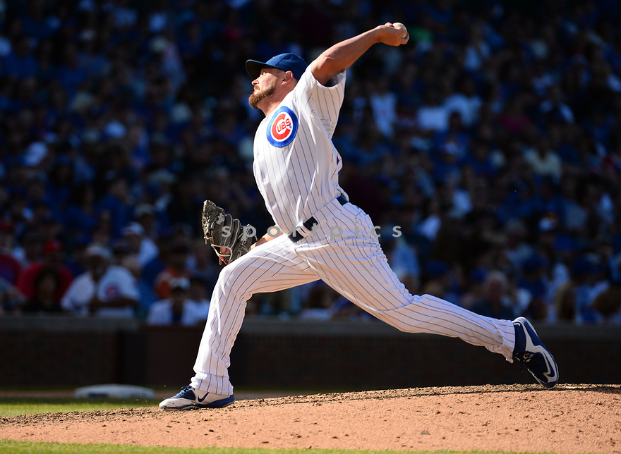 Chicago Cubs Travis Wood (37) during a game against the San Francisco Giants on September 3, 2016 at Wrigley Field in Chicago, IL. The Giants beat the Cubs 3-2.