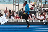 RIO DE JANEIRO; RJ; 29 DE MARÇO 2013 - Daniel Bailey treina na praia de Copacabana durante a tarde desta sexta-feira visando o record dos 150m que tentará bater no próximo domingo. FOTO: NÉSTOR J. BEREMBLUM - BRAZIL PHOTO PRESS.