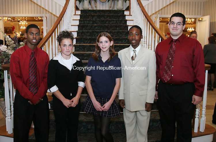 SOUTHINGTON, CT 01 November 2005 -110105BZ04- From left-  Devon Minnis, 17, gr. 12, of Waterbury; Samantha Gigliotti, 16, gr. 11, of Wolcott; Lauren Voloshin, 14, gr. 10, of Waterbury; Aaron Roscoe, 15, gr. 10, of Waterbury; and Adam Lynch, 17, gr. 12, of Waterbury; recipients of the John G. Chiarella Jr./Ultimate Family Scholarship<br /> <br /> during the Sacred heart High School Annual Awards Dinner and Silent Auction at the Aqua Turf in Southington Tuesday night.<br /> Jamison C. Bazinet Republican-American