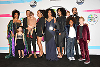 Diana Ross & family at the 2017 American Music Awards at the Microsoft Theatre LA Live, Los Angeles, USA 19 Nov. 2017<br /> Picture: Paul Smith/Featureflash/SilverHub 0208 004 5359 sales@silverhubmedia.com