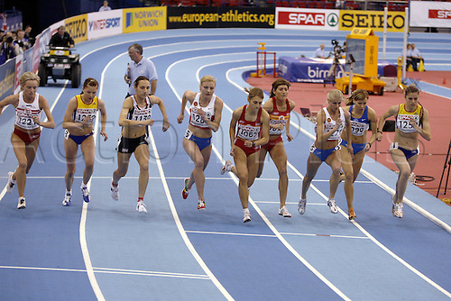 2 March 2007: The start of the Women's 1500m heat at the European Indoor Athletics Championships held at the National Indoor Arena, Birmingham. Photo: Neil Tingle/Actionplus...070302 athletics