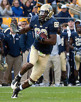 Pittsburgh wide receiver Jonathan Baldwin. Pittsburgh Panthers defeat the University of Connecticut Huskies 24-21 on October 10, 2009 at Heinz Field, Pittsburgh, PA.