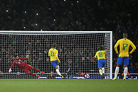 Neymar Jr scores Brazil's opening goal from the penalty spot during Brazil vs Uruguay, International Friendly Match Football at the Emirates Stadium on 16th November 2018