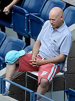 September 1, 2012: Actor Evan Handler attends Day 6 of the 2012 U.S. Open Tennis Championships at the USTA Billie Jean King National Tennis Center in Flushing, Queens, New York, USA. mpi105 / mediapunchinc
