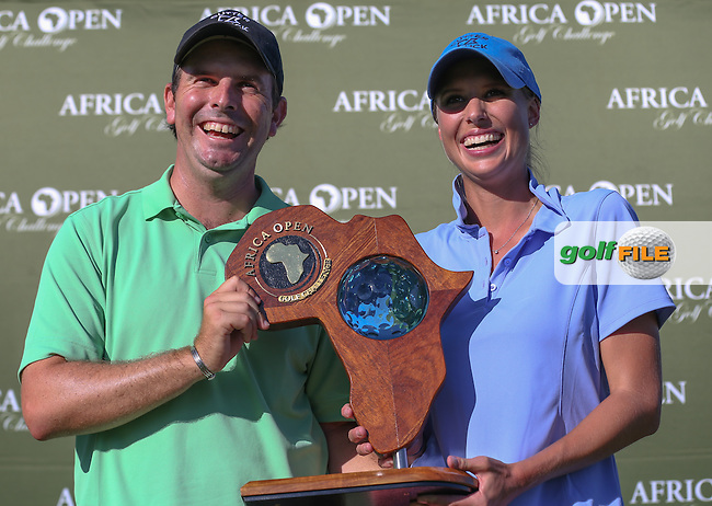 Thomas Aiken (RSA) and caddie wife Kate enjoy the moment as they win The Africa Open 2014 at the East London Golf Club, Eastern Cape, South Africa. Picture:  David Lloyd / www.golffile.ie