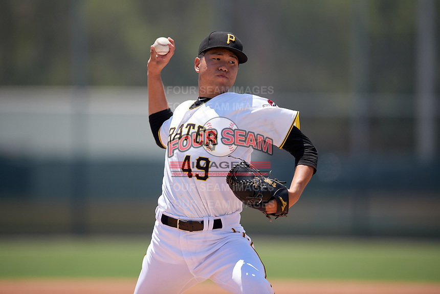 GCL Pirates pitcher Hai-Cheng Gong (49) during a Gulf Coast League game against the GCL Braves on July 30, 2019 at Pirate City in Bradenton, Florida.  GCL Braves defeated the GCL Pirates 10-4.  (Mike Janes/Four Seam Images)