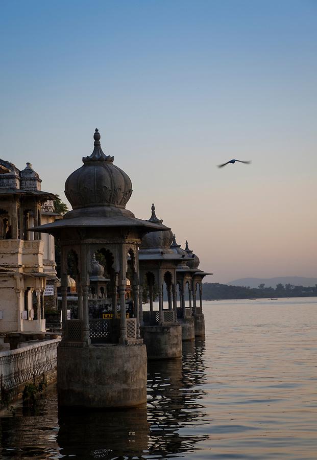 UDAIPUR, INDIA - CIRCA NOVEMBER 2016:  Lake Pichola at sunset in Udaipur