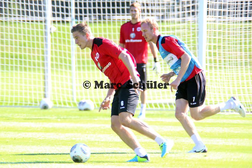Bastian Oczipka gegen Jan Rosenthal (Eintracht