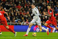 Real Madrid´s Gareth Bale and Sevilla's Vitolo during 2014-15 La Liga match between Real Madrid and Sevilla at Santiago Bernabeu stadium in Alcorcon, Madrid, Spain. February 04, 2015. (ALTERPHOTOS/Luis Fernandez) /NORTEphoto.com