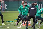 17.01.2020, Trainingsgelaende am wohninvest WESERSTADION,, Bremen, GER, 1.FBL, Werder Bremen Training ,<br /> <br /> <br />  im Bild<br /> Christian Groß / Gross (Werder Bremen #36)<br /> Ilia Gruev (Werder Bremen #28)<br /> Joshua Sargent (Werder Bremen #19)<br /> Ömer / Oemer Toprak (Werder Bremen #21)<br /> Milot Rashica (Werder Bremen #07<br /> Günther / Guenther Stoxreiter (Athletik-Trainer Werder Bremen)<br /> <br /> <br /> Foto © nordphoto / Kokenge