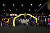 SAO PAULO, SP - 06.12.2018 - CCXP 2018 - Movimenta&ccedil;&atilde;o no primeiro dia da Comic Con 2018 no Centro de Exposi&ccedil;&otilde;es Imigrantes, na zona sul de S&atilde;o Paulo na tarde desta quinta-feira (06).<br /> <br /> (Foto: Fabricio Bomjardim / Brazil Photo Press)