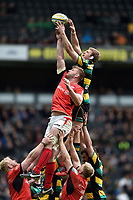 George Kruis of Saracens competes with Jamie Gibson of Northampton Saints for the ball at a lineout. Aviva Premiership match, between Northampton Saints and Saracens on April 16, 2017 at Stadium mk in Milton Keynes, England. Photo by: Patrick Khachfe / JMP