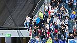 Solna 2014-08-13 Fotboll Allsvenskan AIK - Djurg&aring;rdens IF :  <br /> Djurg&aring;rdens supportrar p&aring; v&auml;g att kl&auml;ttra &ouml;ver ett st&auml;ngsel i samband med ett br&aring;k med AIK:s supportrar innan matchen mellan AIK och Djurg&aring;rden<br /> (Foto: Kenta J&ouml;nsson) Nyckelord:  AIK Gnaget Friends Arena Allsvenskan Derby Djurg&aring;rden DIF supporter fans publik supporters slagsm&aring;l br&aring;k fight fajt gruff
