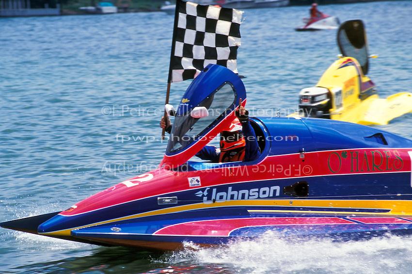 SST-45 World Champion Richard Hearn (#12). Trenton, MI 1995..©F. Peirce Williams 1995