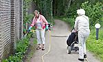 MAARSBERGEN - Vrijwilliger van de groenclub Golfclub Anderstein. FOTO KOEN SUYK