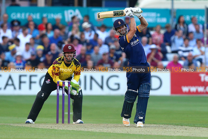 Ryan ten Doeschate in batting action for Essex as Steven Davies looks on from behind the stumps during Essex Eagles vs Somerset, NatWest T20 Blast Cricket at The Cloudfm County Ground on 13th July 2017