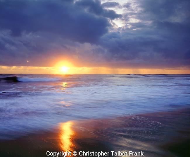 USA; California; San Diego.; Sunset Cliffs Beach on the Pacific Ocean at Sunset