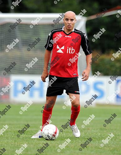 2012-07-31 / Voetbal / seizoen 2012-2013 / Mariekerke / Kristof Van Damme..Foto: Mpics.be