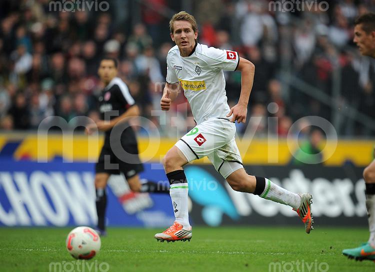 FUSSBALL   1. BUNDESLIGA  SAISON 2012/2013   7. Spieltag   Borussia Moenchengladbach - Eintracht Frankfurt   07.10.2012 Luuk De Jong (Borussia Moenchengladbach) Einzelaktion am Ball