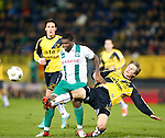 Nederland, Breda, 9 november 2012.Eredivisie.Seizoen 2012-2013.NAC-FC Groningen.Genero Zeefuik (l.) van FC Groningen en Kees Luijckx (r.) van NAC Breda strijden om de bal.