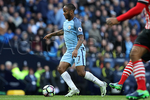 23.10.2016. The Etihad, Manchester, England. Premier League Football. Manchester City versus Southampton. Raheem Sterling of Manchester City holds up the ball in midfield.