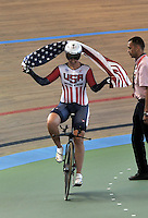 CALI - COLOMBIA - 02-03-2014: Sarah Hammer de Estados Unidos gana la prueba Damas Omnium en el Velodromo Alcides Nieto Patiño, sede del Campeonato Mundial UCI de Ciclismo Pista 2014. / Sarah Hammer of United States wins the test of the Women´s Omnium at the Alcides Nieto Patiño Velodrome, home of the 2014 UCI Track Cycling World Championships. Photos: VizzorImage / Luis Ramirez / Staff.