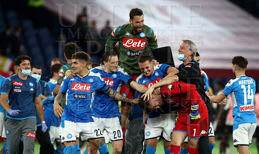 Napoli players celebrate at the end of the Italian Cup football final match between Napoli and Juventus at Rome's Olympic stadium, with closed doors, June 17, 2020. Napoli won 4-2 at the end of a penalty shootout following a scoreless draw.<br /> UPDATE IMAGES PRESS/Isabella Bonotto