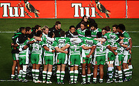 The Manawatu team huddles before the match. Air NZ Cup - Wellington Lions v Manawatu Turbos at Westpac Stadium, Wellington, New Zealand. Saturday 3 October 2009. Photo: Dave Lintott / lintottphoto.co.nz